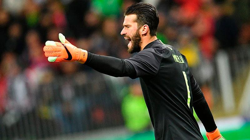 Рома и Ливерпуль согласовали трансфер Аллисона за 75 млн евро