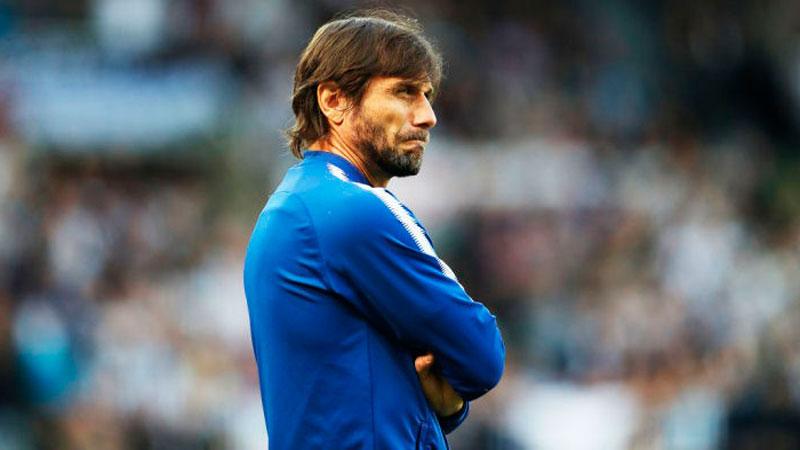 Антонио Конте подает в суд на Челси за увольнение