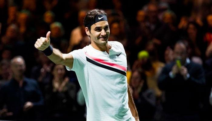 Федерер уверенно обыграет японца