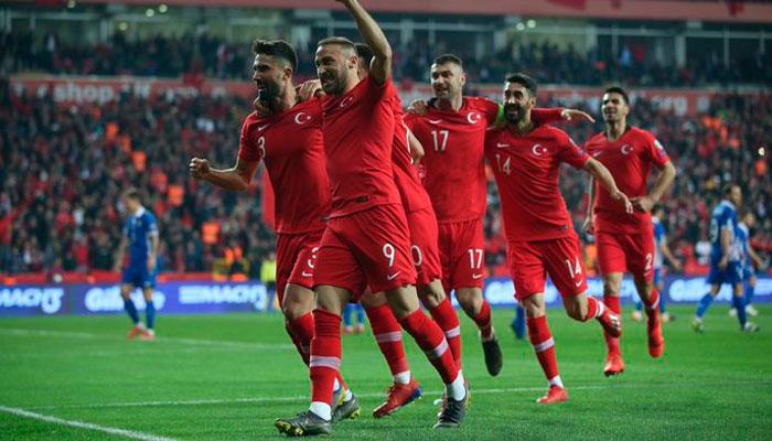 Турция минимум не проиграет в Исландии