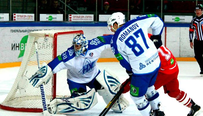 Нефтехимик поддержит активный хоккей