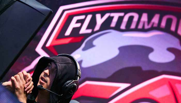 FlyToMoon 27.04.2020